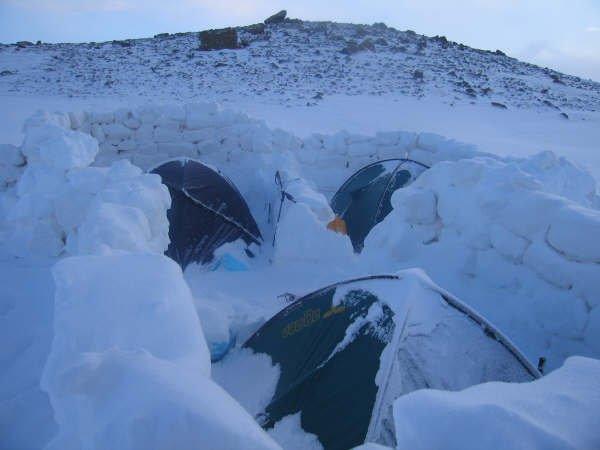 Erciyes Dağı 2.800mt Kamp Yeri